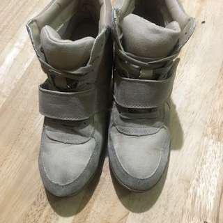 Wedge Sneakers Beige