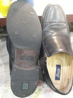 Bass/男休閑皮鞋約40.5-41號間