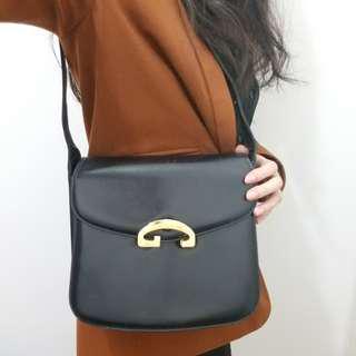 88%New GUCCI Vintage Shoulder Bag in Black