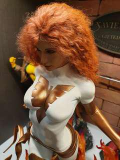 Sideshow White Phoenix of the Crown statue