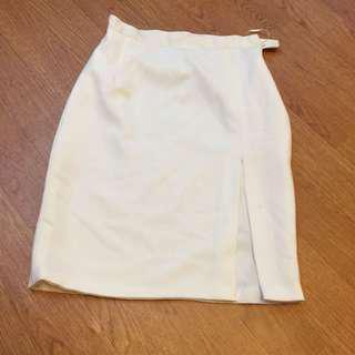 white slit skirt premium