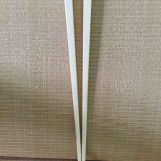 AUTHENTIC PLAIN IVORY CHOPSTICKS. ( price not accepted will get no reply )100% Natural . Chemical free & non toxic)