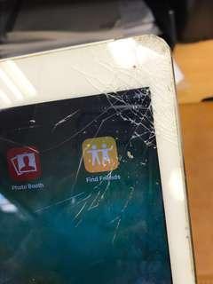 Apple Ipad air2 cellular  screen broken