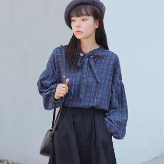 🚚 韓版:文藝 氣質 甜美 小清新 格紋襯衫 兩色 秋裝 蝴蝶結 格子 泡泡袖 女神必備 學生最愛