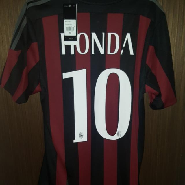 6fa2a1dd8 Ac Milan Honda Jersey Medium