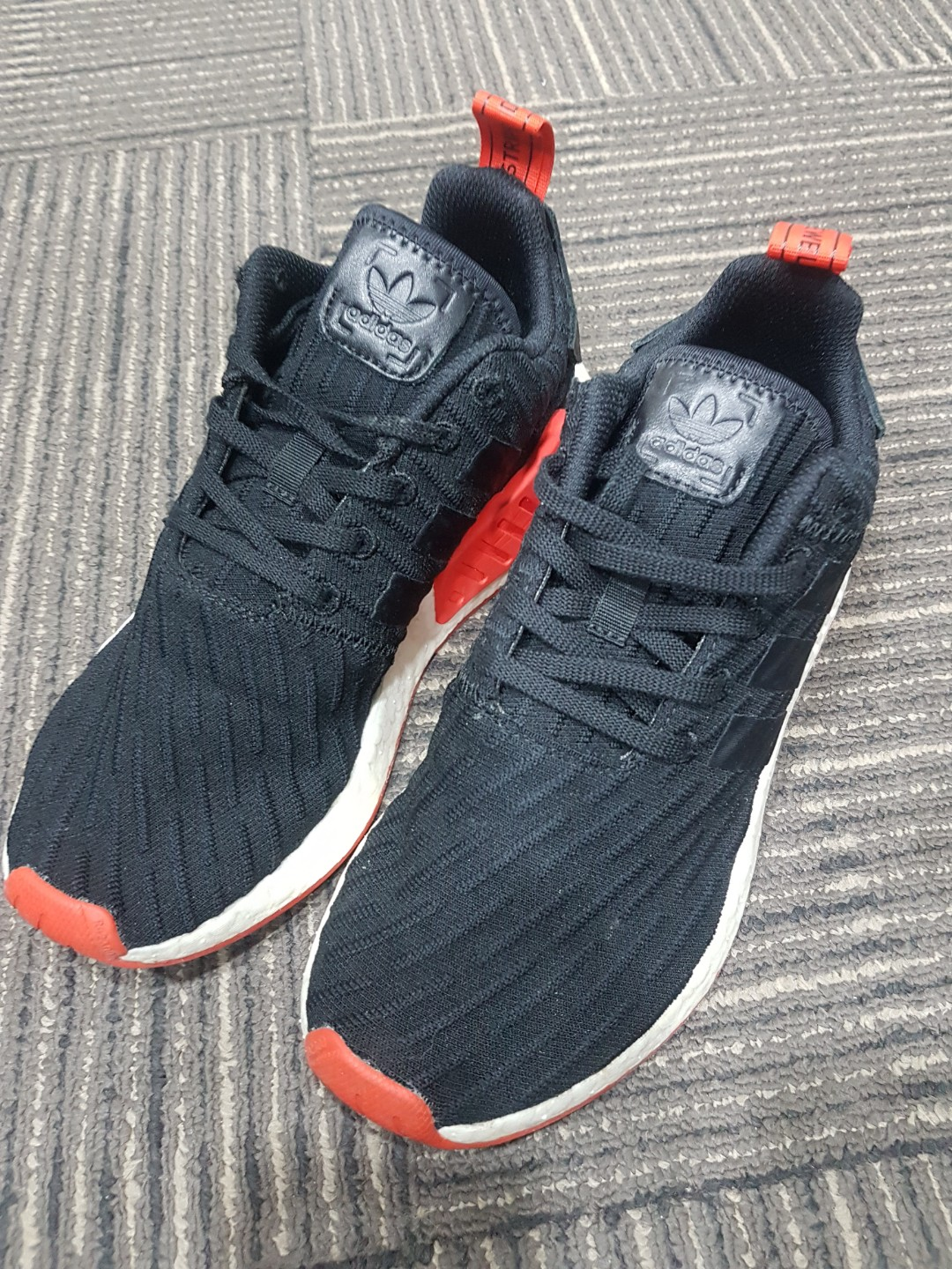 huge discount a0e73 31cba Adidas NMD R2 Red Black