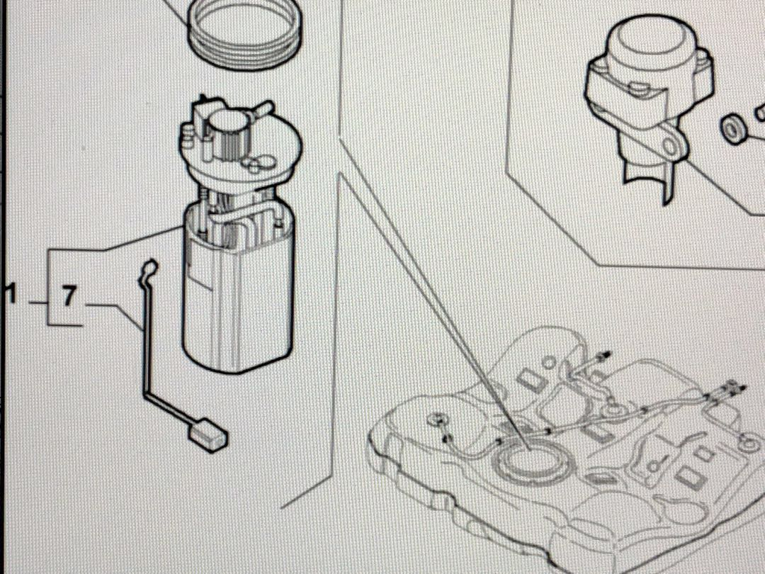 alfa romeo 1592 2 fuel pump - original, car accessories, accessories on  carousell
