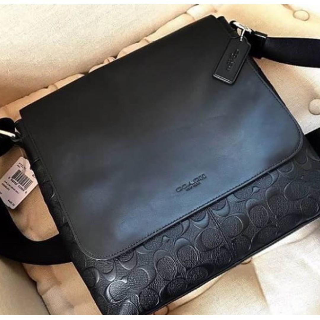 ... los angeles 527f1 408a6 Authentic Coach Charles Small Messenger In  Signature Crossgrain Leather - Black, ... 12a743ac48
