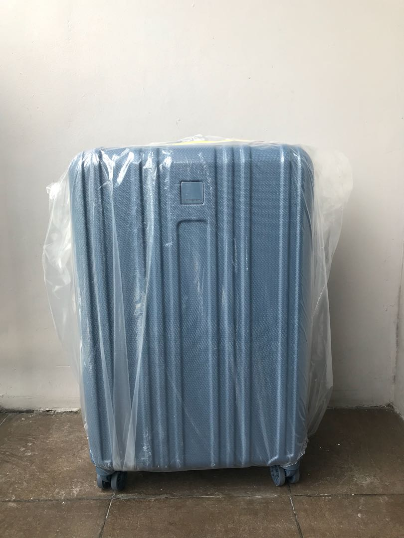 b255fa62b9 BRAND NEW HEDGREN Gate M EX 66cm expandable Spinner Medium Luggage ...