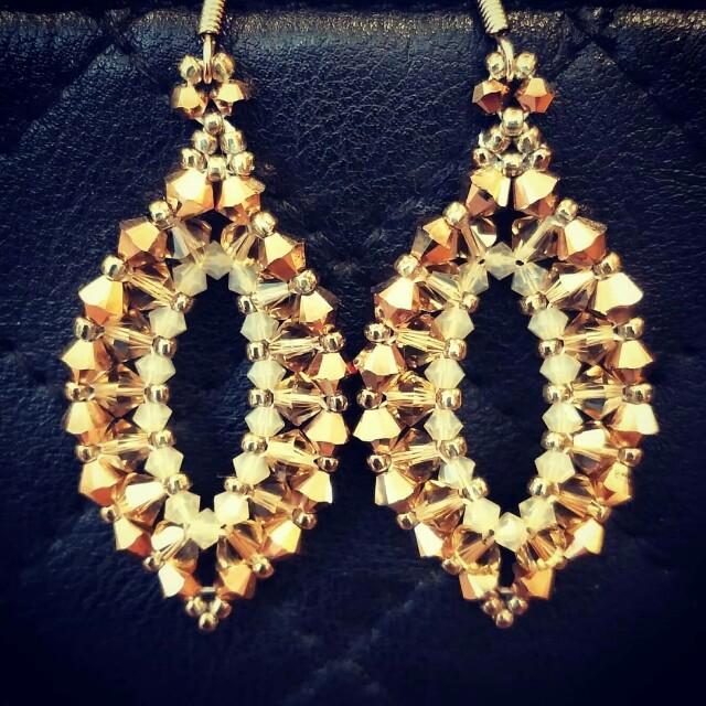 eb570644a3227b DIY Swarovski Crystals Earrings