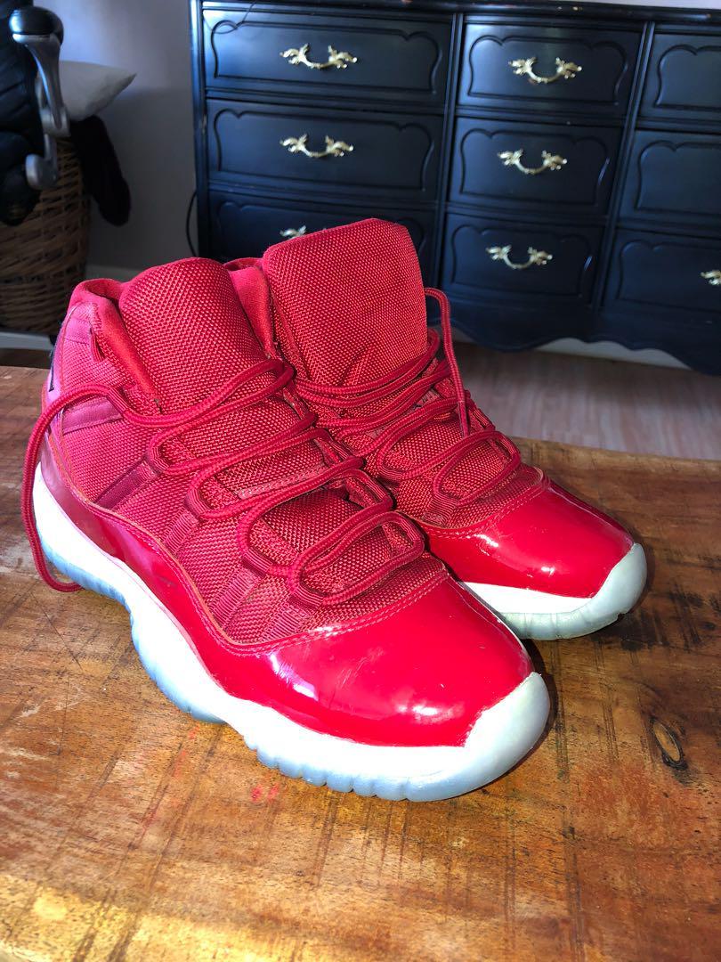 Jordan 11 red- size 7y