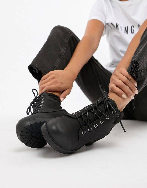 Laced Up Boots (Without Heels), Women's