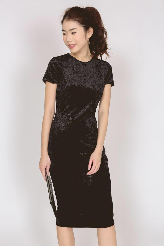 aa4c01deca5 MDS Crushed Velvet Midi Dress