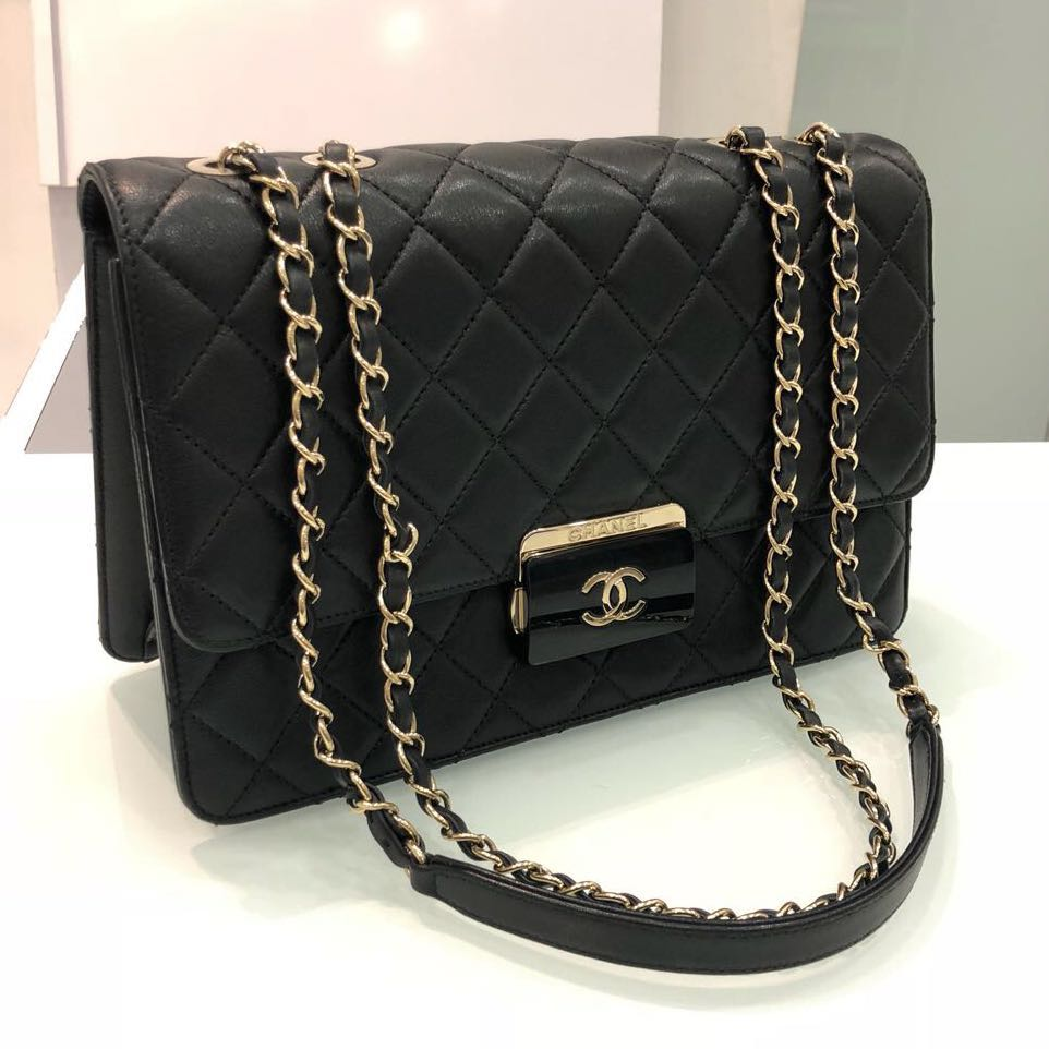 ❌SOLD!❌ Full Set Local Receipt! Chanel Seasonal Flap in Black ... 768e73fa76b41