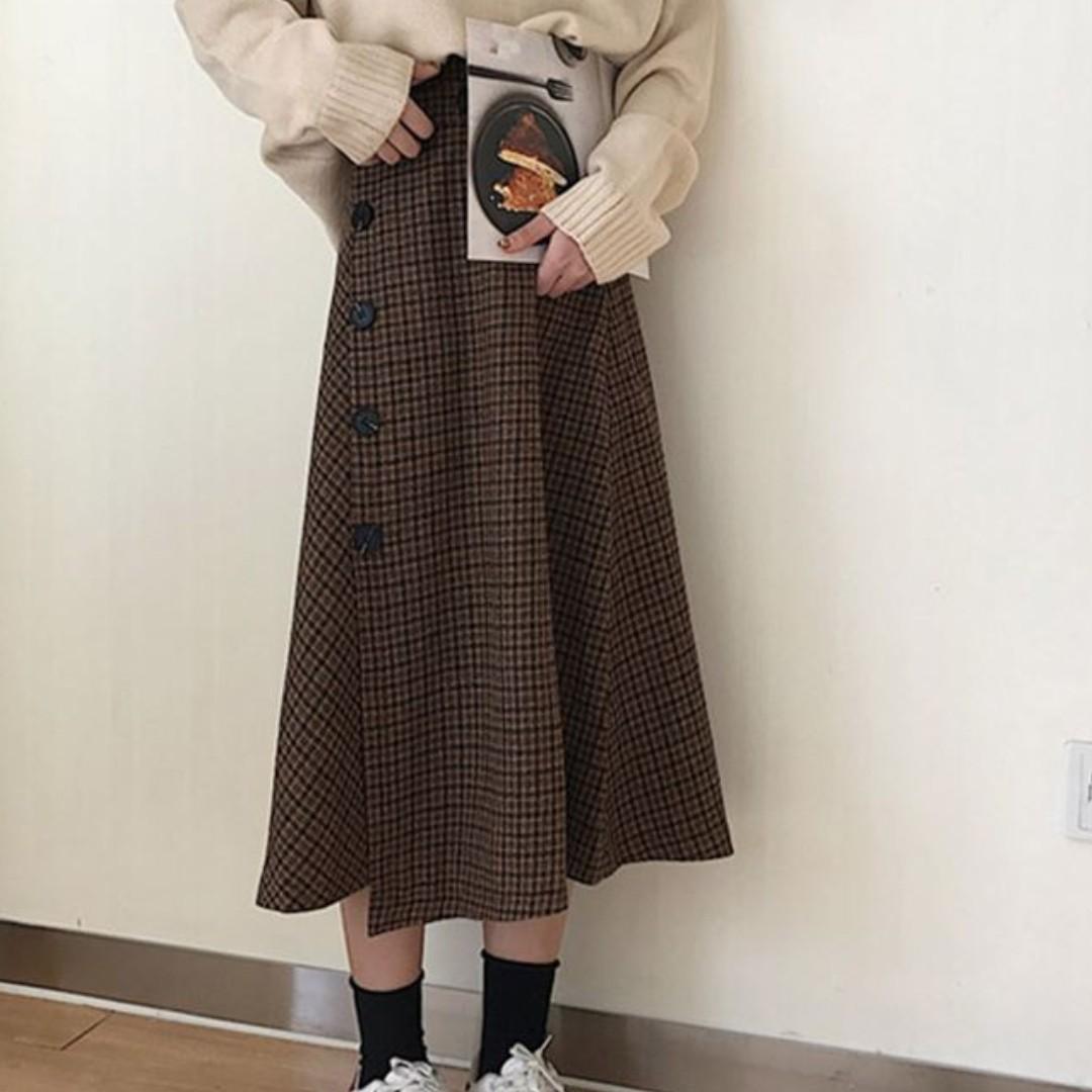 5192988fd3 Vintage Gingham Midi Buttoned Skirt Ulzzang, Women's Fashion ...