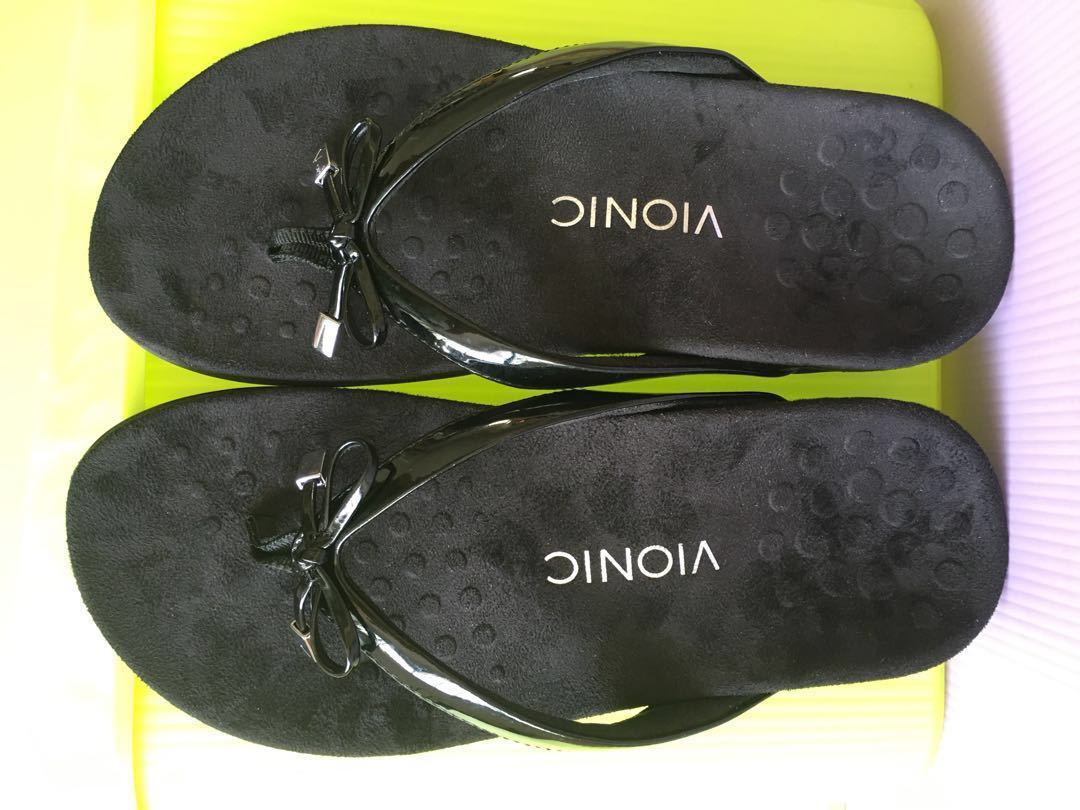 4984be50406 Vionic Sandal brand new size USA 6