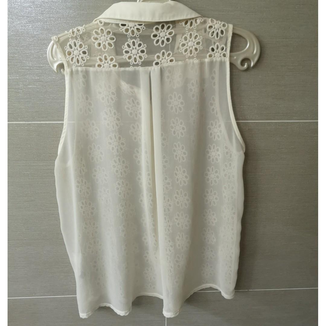 dcb0c568eb Zara White Embroidered Sleeveless Top