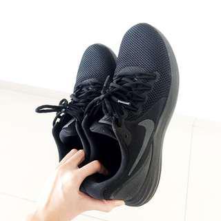 Nike sportshoe