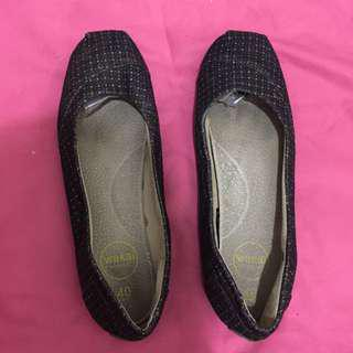 Flat shoes Wakai Original