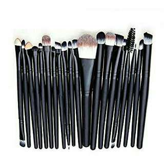 20 Pcs. Make Up Brushes