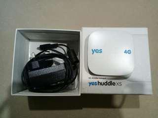 YES Huddle XS modem