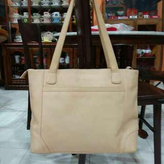 Handbag kulit LEVENGER for sale