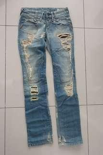 🚚 REPLAY刷破造型牛仔褲 合身顯瘦(26號)