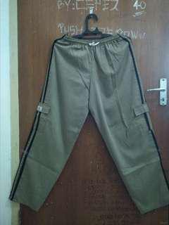 #MauiPhoneX celana training lea ukuran jumbo