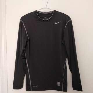 Nike pro combat men shirt M