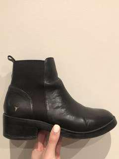 Windsor Smith Boots W8