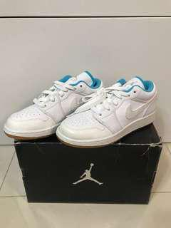 全新 Air Jordan 1 Retro Low GS 3.5Y