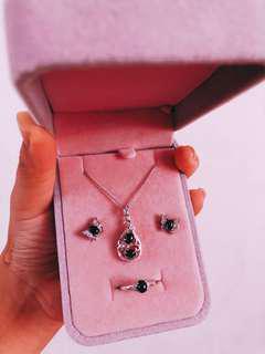 🚚 飾品套組 戒指 耳環 項鍊