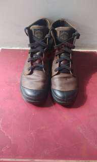 Sepatu Palladium Pampa Hi Leather Boots
