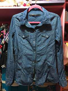Light Maong/Denim Button down