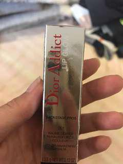 🚚 Dior 潤唇膏 001