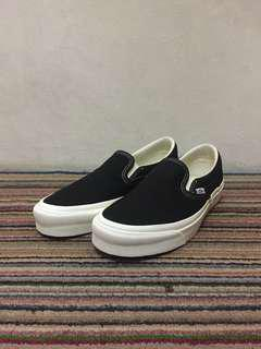 "Vans Vault OG Slip On LX ""Black/White"""