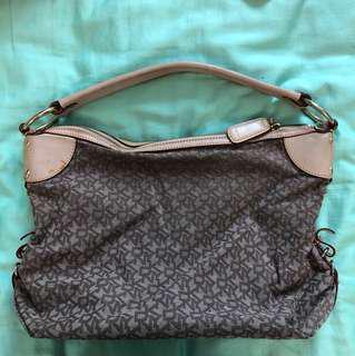 DKNY shoulder Bag (authentic)
