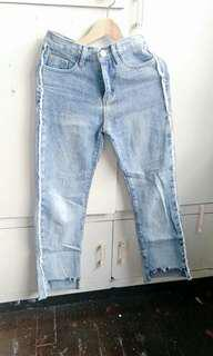 Denim pants with style