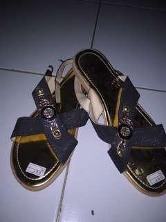 Sepatu Sendal Simple
