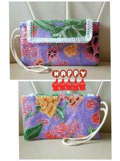 Batik phablet pouch
