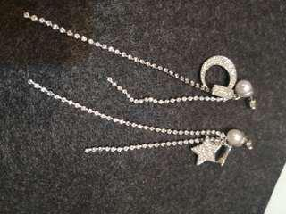 Dangling moon and stars earring (#036)