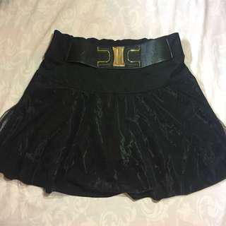 Rok Celana Hitam #MauiPhoneX