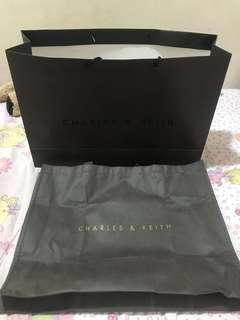 Paperbag charles & keith big