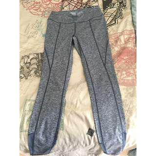 Size small head sports leggings