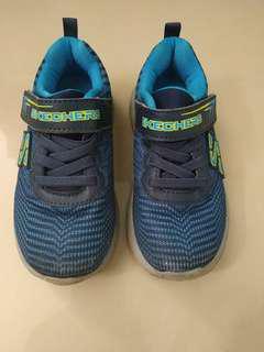 Sketchers sport shoe