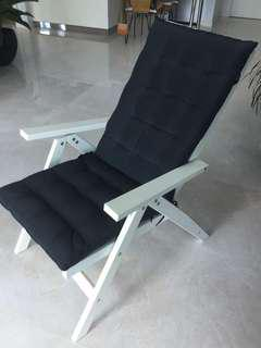 Applaro and hallo outdoor dining chairs