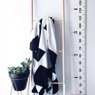 Kids height wall decor ruler