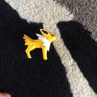 Pokemon Jolteon figure