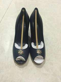 Tory burch auth