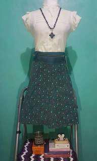 Preloved floral skirt
